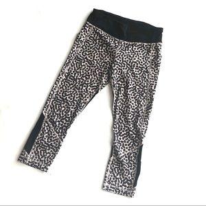Lululemon polka dot animal print crop leggings 6